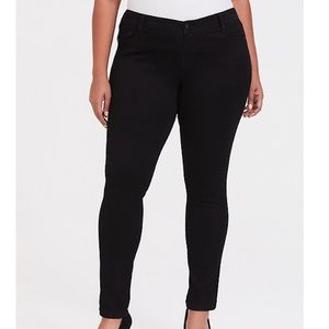 Torrid Luxe Skinny Black Jean with Luxe Stretch